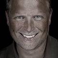 Alexander Heinrichs(http://www.fotocommunity.de/pc/account/myprofile/30455) aus , Apotheker, geboren 1969